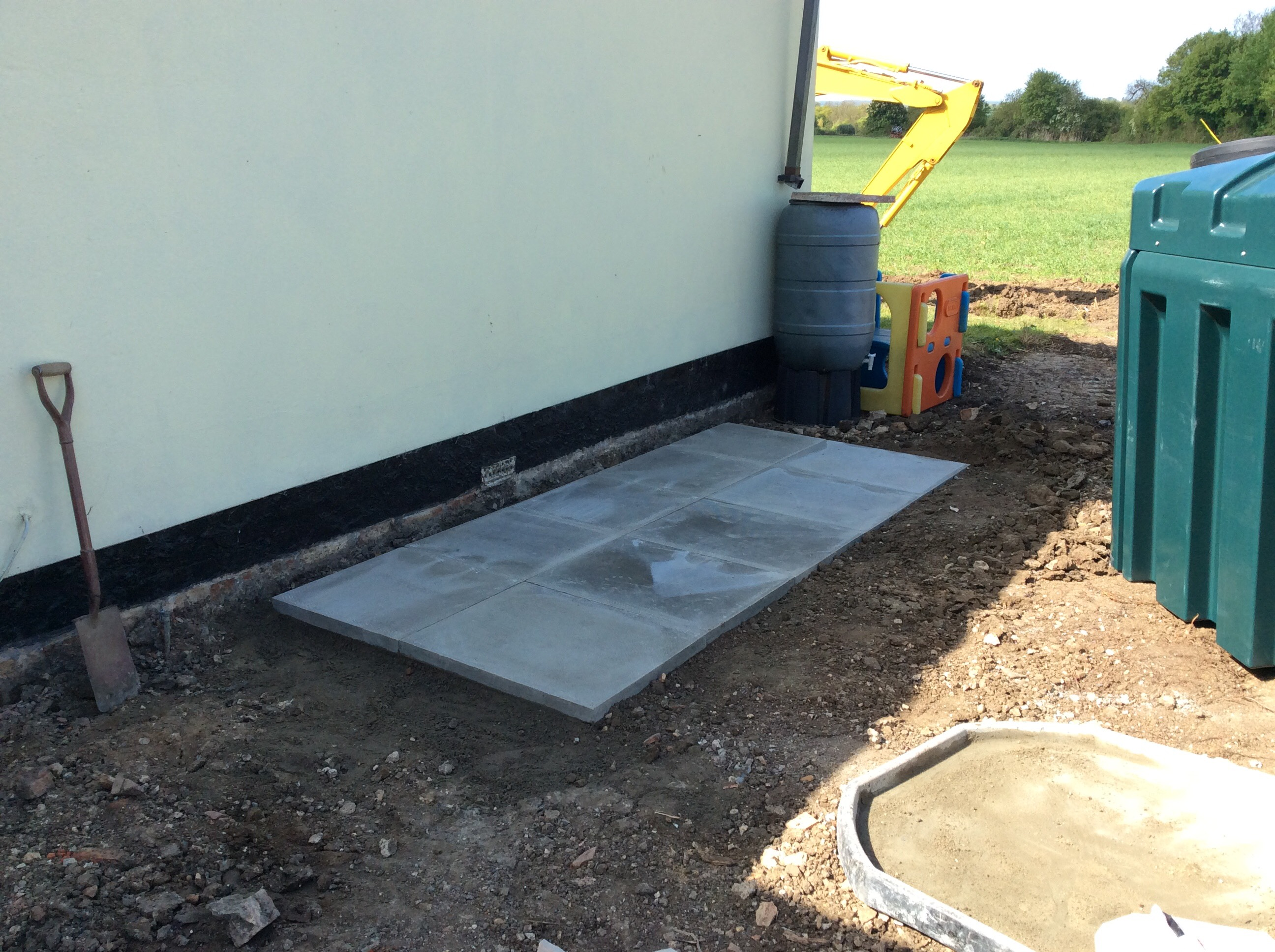 Lawshall tank base - Suffolk Oil Solutions